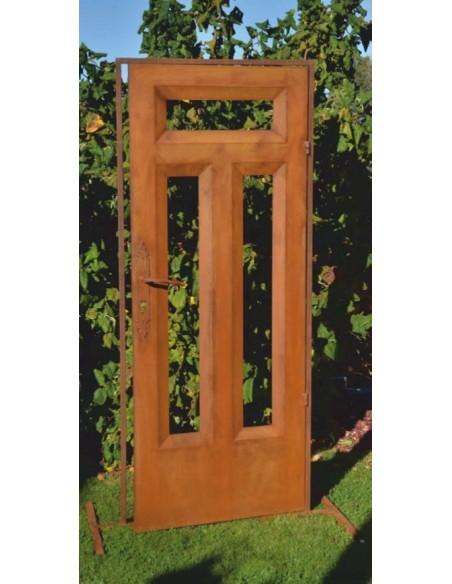 Türe für den Garten als Deko