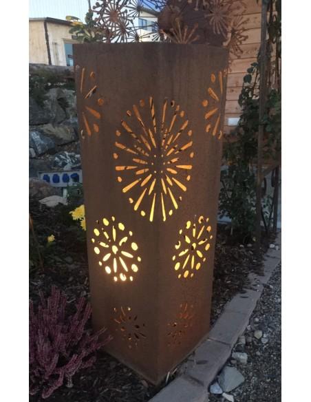 Edelrost Blütensäule 100 cm aus Edelrost Metall kein Corten zur Gartendeko von innen beleuchtbar