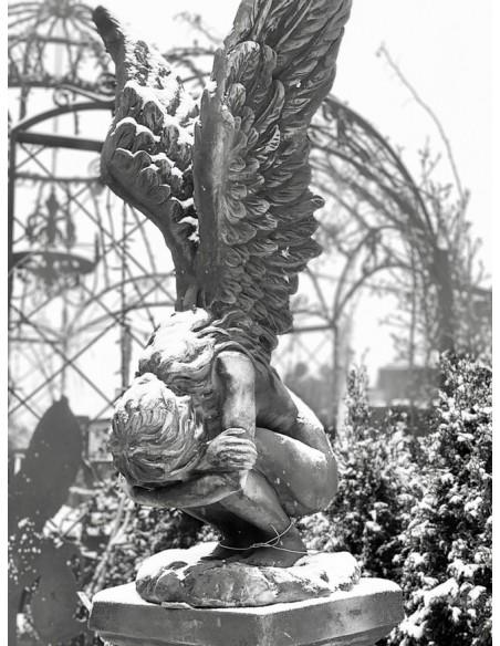 """Steinfigur Trauernder Engel """"Rachel"""" , Höhe 70 cm mit Rosteffekt"""