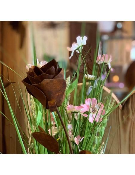 immerwährende rose aus Eisen - verwelkt nicht und bleibt dauerhaft schön