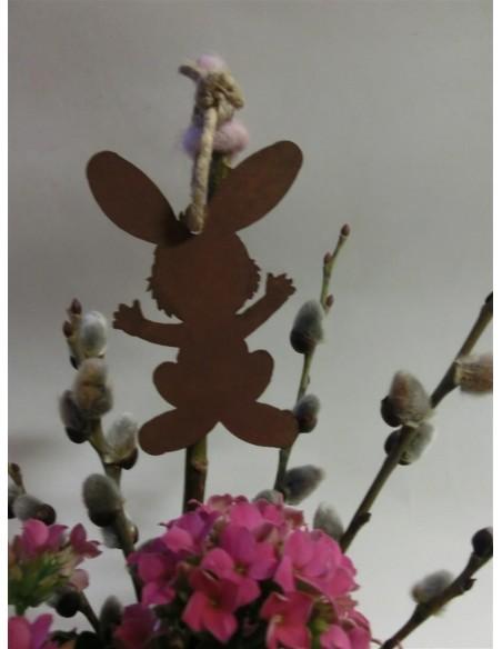 Osterhasen Osterschmuck - Rost Hase zum Aufhängen, Höhe 8 cm Niedlicher Osterhase zum Aufhängen oder Einarbeiten in Gestecke, Kr