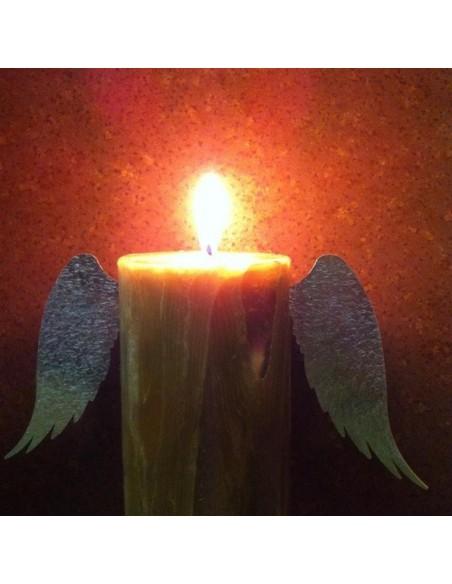 Kerzen basteln mit Engelsflügel für Kerzen