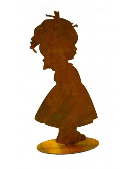 Kind Lotta 20 cm auf Bodenplatte