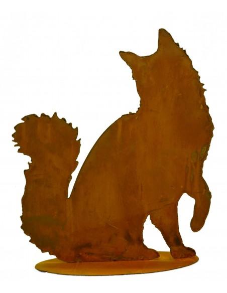 flauschige Katze sitzend, Schwanz nach oben auf Platte