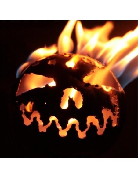brennende Gartenfackel Bio Ethanol