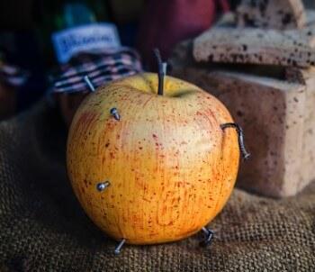 Stimmt es, dass man Eisen mit einem Apfel mit rostigem Nagel aufnehmen kann? Ja.. Eisen-malat ist das Zauberwort