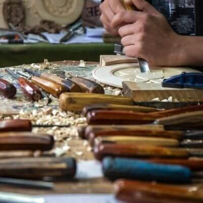 Seit über zwei Jahrzehnten präsentieren Alfter Art Holzdeko und Weihnachtsdeko nsere Produkte auf den Weihnachtsmärkten der Region. dieses Jahr virtuell